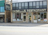 image of Basell's Restaurant & Tavern one of the cheap places to eat in niagara falls ontario
